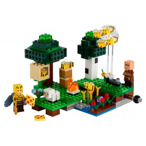 Lego Minecraft™ The Bee Farm - Sale
