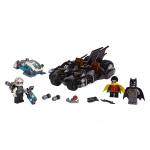 Lego DC Mr. Freeze™ Batcycle™ Battle - Sale