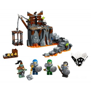 Lego NINJAGO® Journey to the Skull Dungeons - Sale